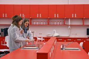 kémia labor